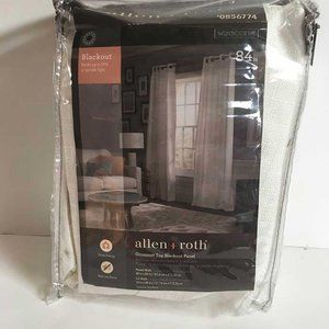 NWT Allen + Roth grommet top blackout panel